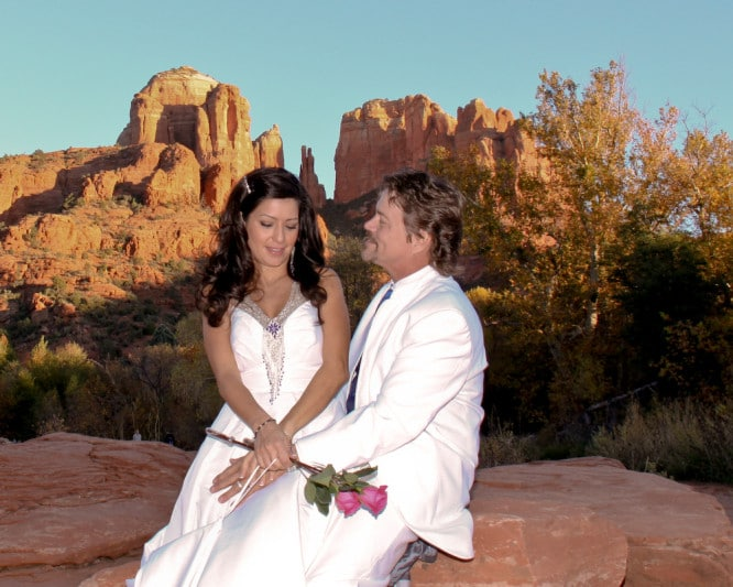 sedona elopement locations Crescent Moon Ranch at Red Rock Crossing Sedona wedding location
